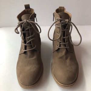 Lucky Brand Taupe Suede Lace Up 90s Style Booties